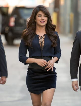 priyanka-chopra-at-jimmy-kimmel-live-in-hollywood-september-2015_1