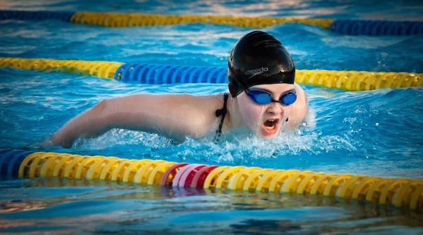 swimming-1265932_960_720